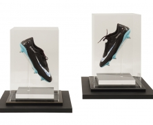 Signed shoes31013