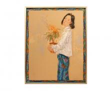 Lady with flower batik4915